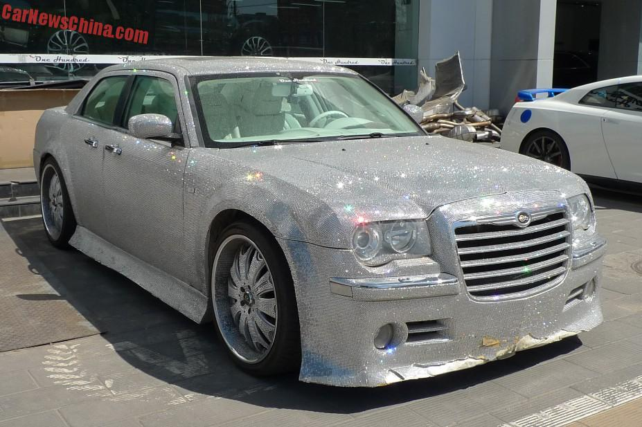 chinese chrysler 300 takes bling to a whole new sparkling. Black Bedroom Furniture Sets. Home Design Ideas