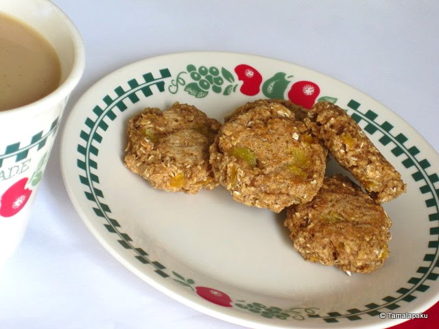 Fat Free Eggless Pineapple Oat Cookies