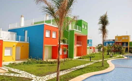 Casas pintadas modernas imagui for Casas modernas pintadas