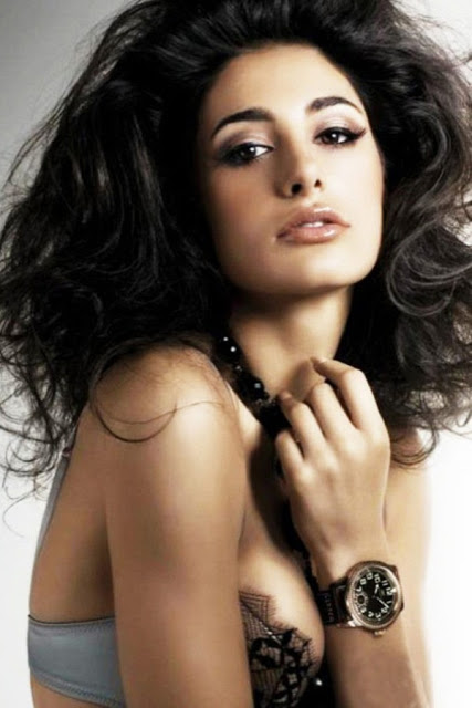 Naughty Nargis Fakhri Images