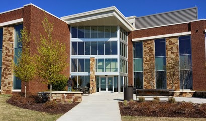 Nestled In The Foothills Of The Blue Ridge, The Cumming Campus Is The  Newest Campus Within The Consolidated University Of North Georgia (UNG).