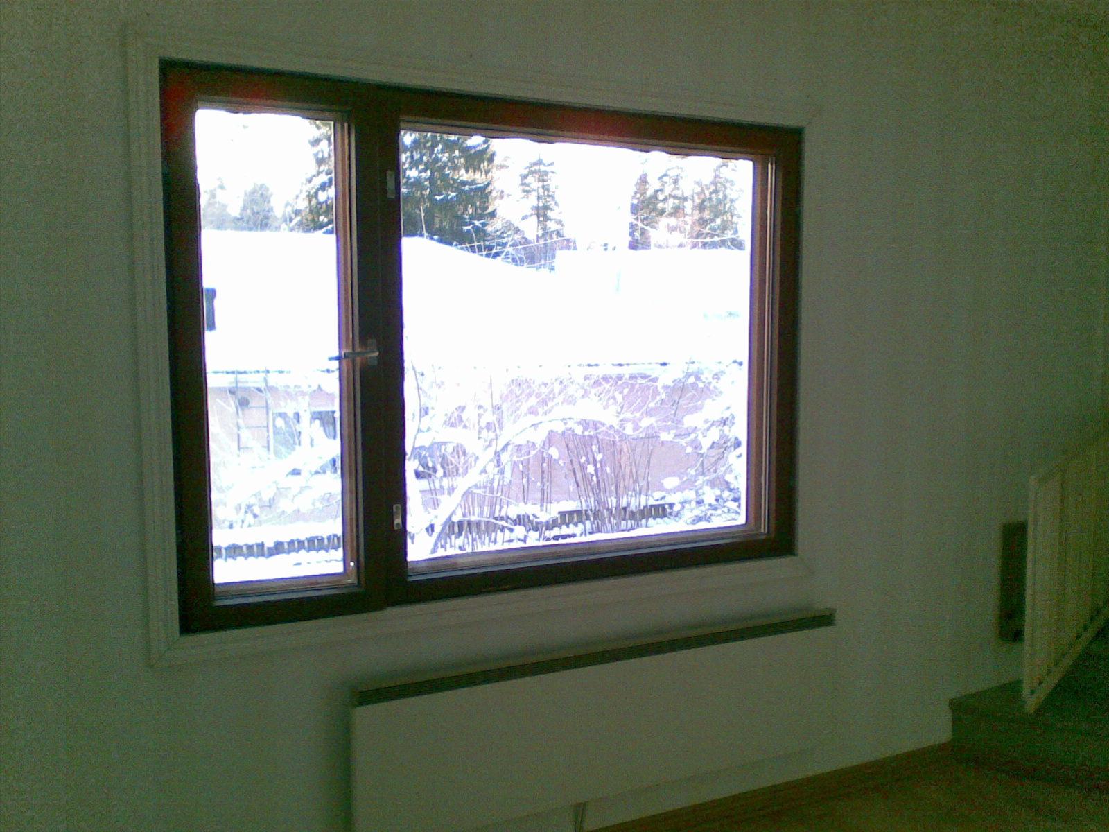 Auringon talo Keittiö ja olohuone