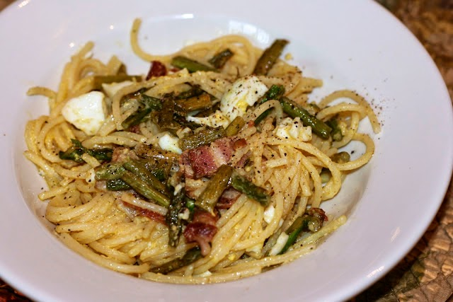 Bacon and Egg Asparagus Spaghetti