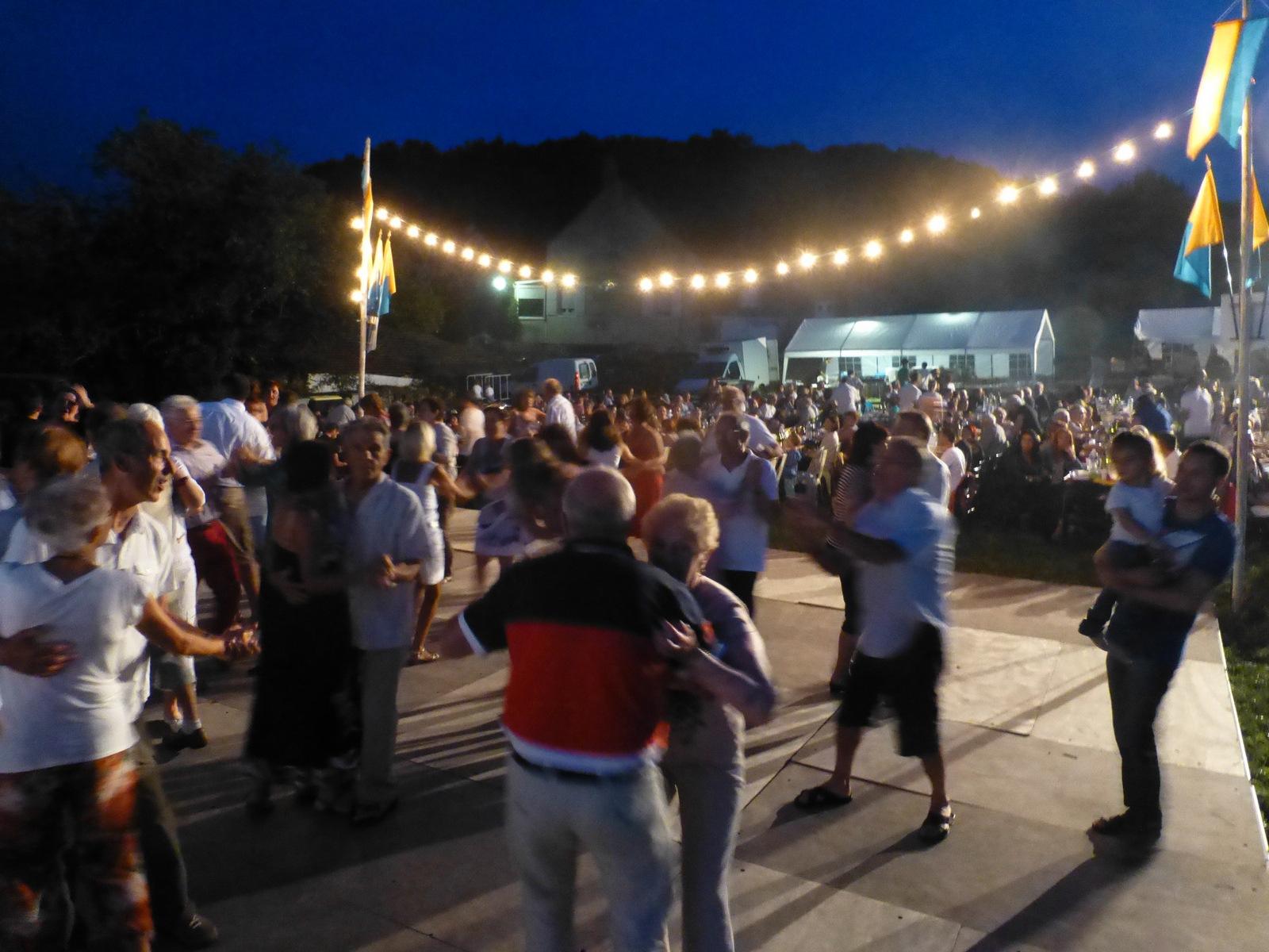 Jour de fête à Russilly, le 30 juillet
