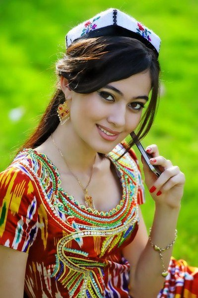 Femmes afghane - Page 2 536693_209253385861141_100003294420758_382812_1286254756_n