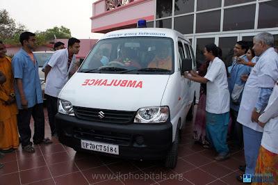 Jagadguru Kripaluji Maharaj inaugurates new ambulance at JKP Hospitals Mangarh