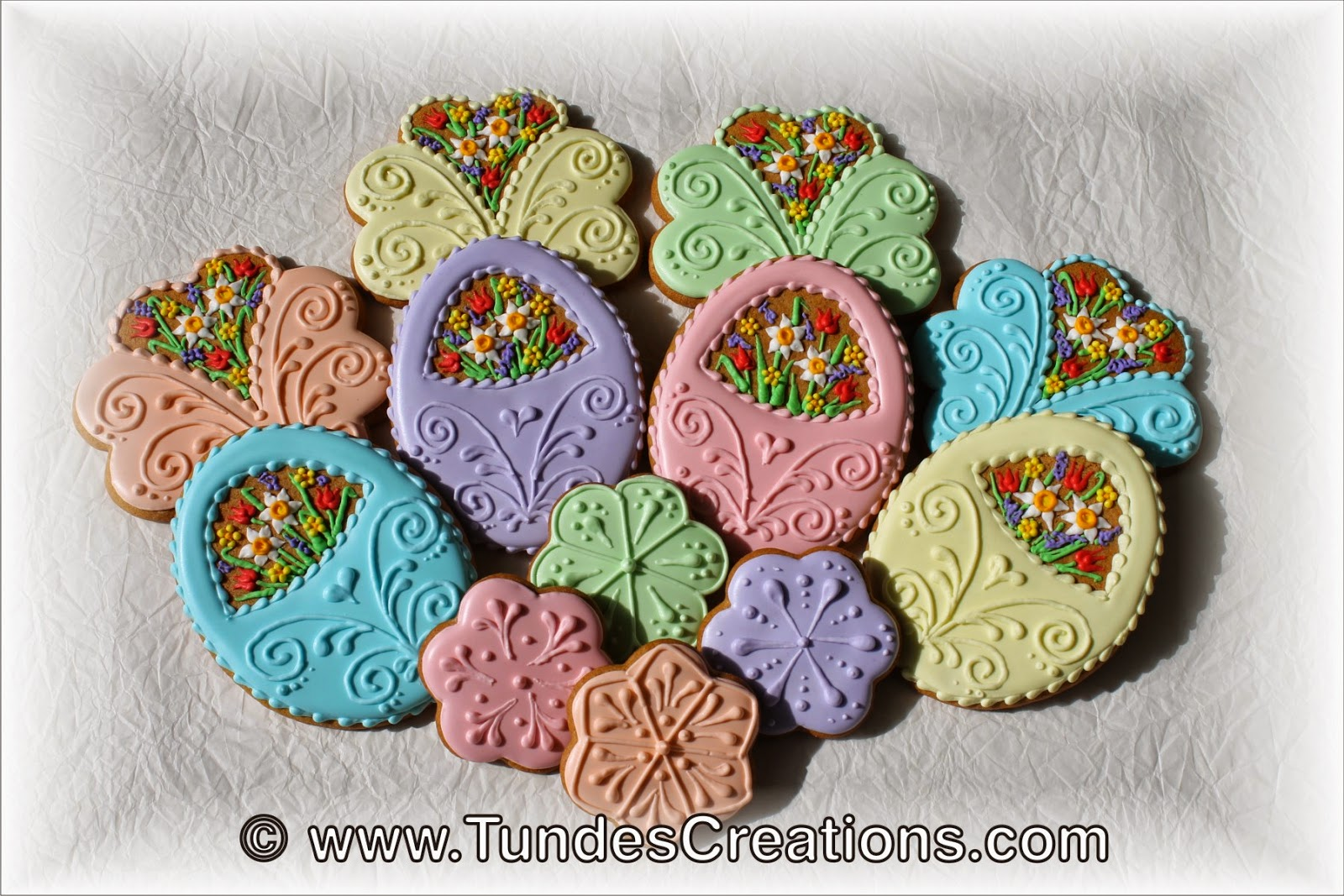 Easter cookies with spring flowers