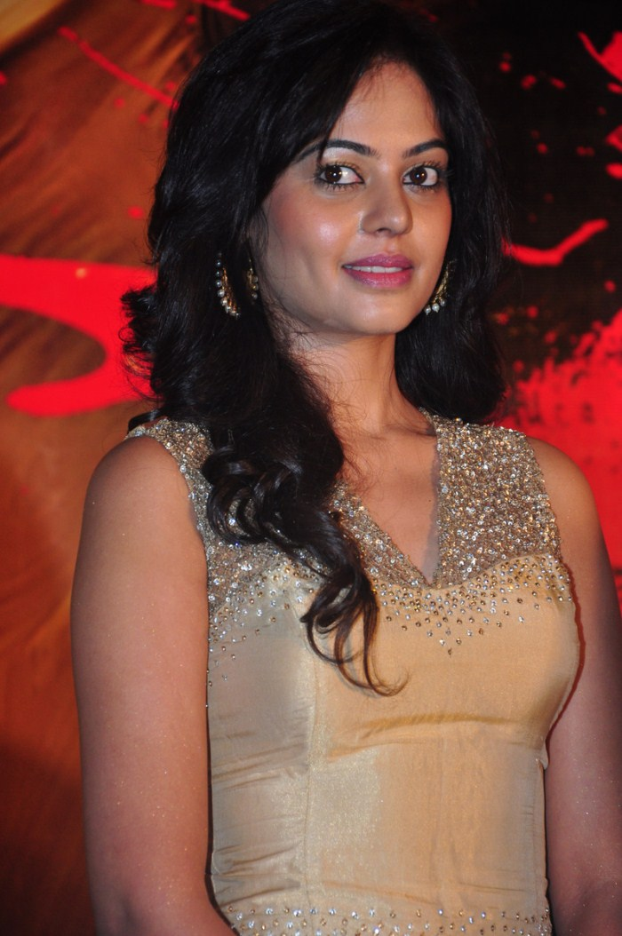 Actress Bindu Madhavi Haircut My Site Daot