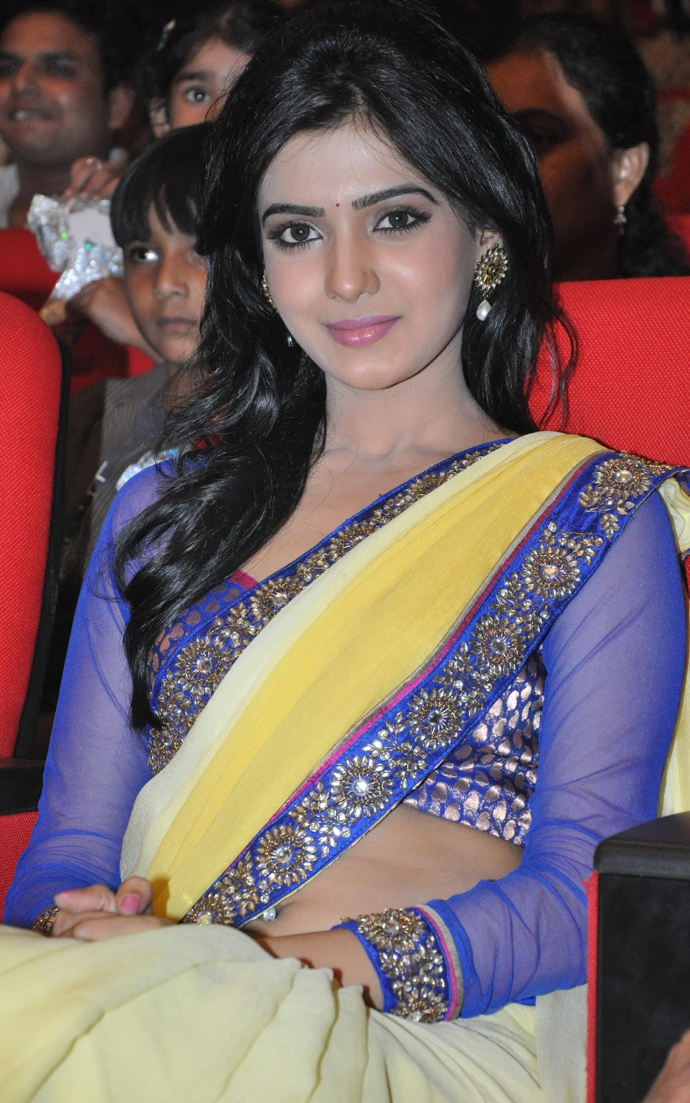 samantha saree at dookudu audio launch, samantha spicy saree actress
