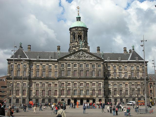 القصر الملكي بأمستردام
