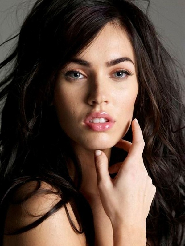 Rob Kardashian Girlfriend Megan Fox Long Soft Hairstyle