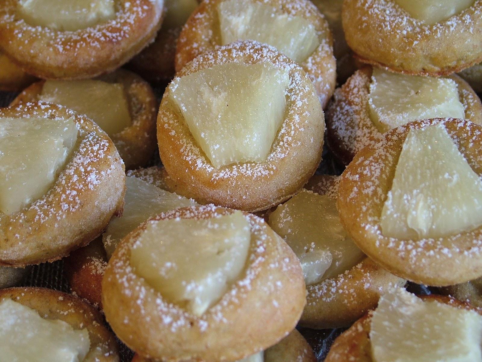 Talarki z ananasem