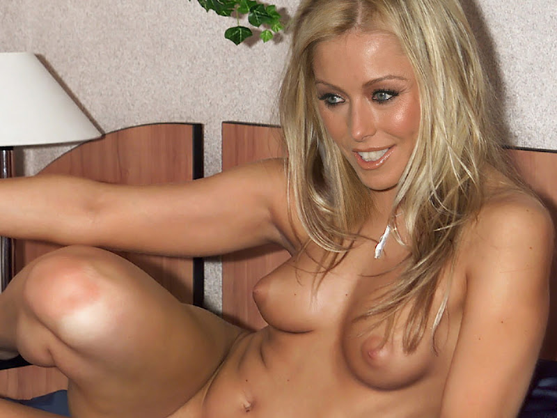 Kelly Ripa Private Nude