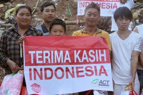 Warga Yunnan: Xie xie, Indonesia! Warga%2BYunnan%2BXie xie%2C%2BIndonesia!