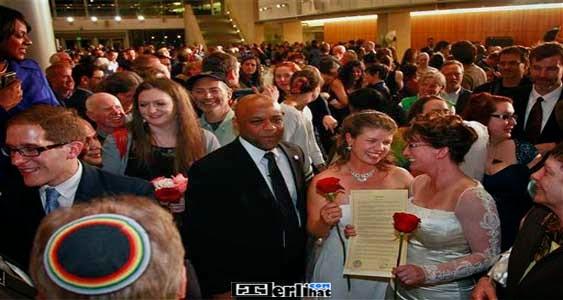 Foto - Foto Pernikahan Sesama Jenis Paling Gila