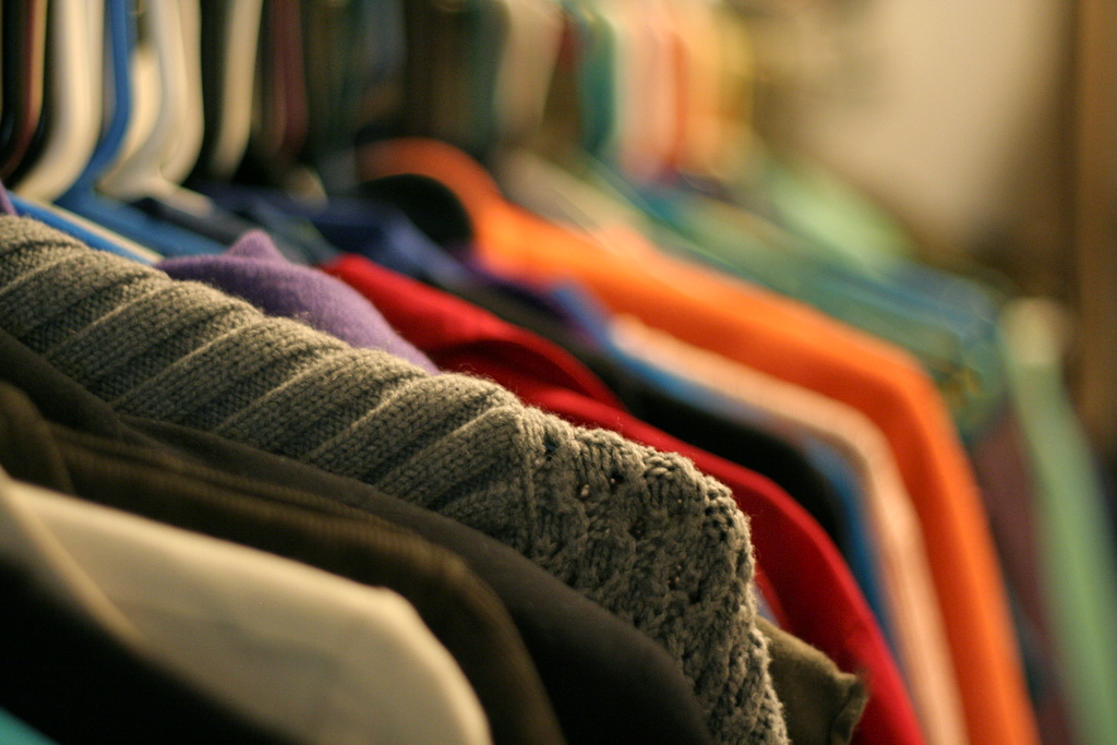 Frugal Wardrobe Tips for Children – 10/15/11