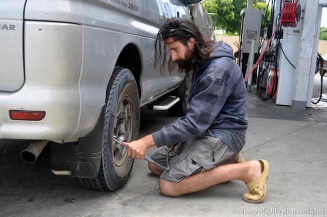 Adjustment of air pressure in tyres