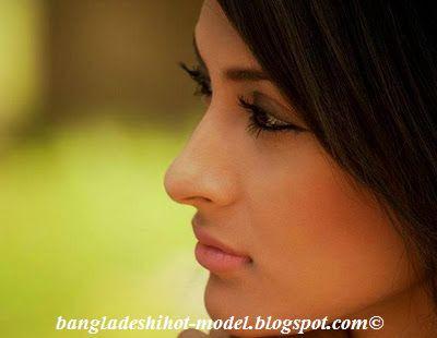 Bangladeshi model mehazabien chowdhury