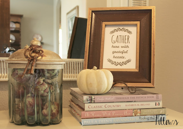 Thanksgiving Vignettes Shared with 5 Fabulous Bloggers