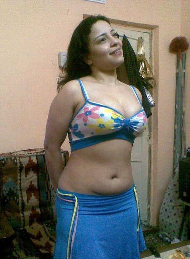 woman brunette hot latina porn