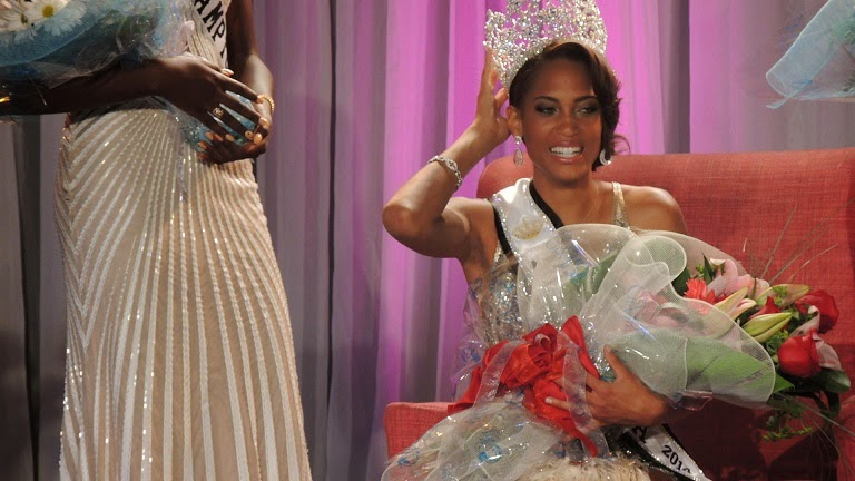 Miss Bermuda 2014 winner Lillian Lightbourn