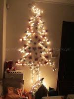 Árvore de Natal fixa na parede