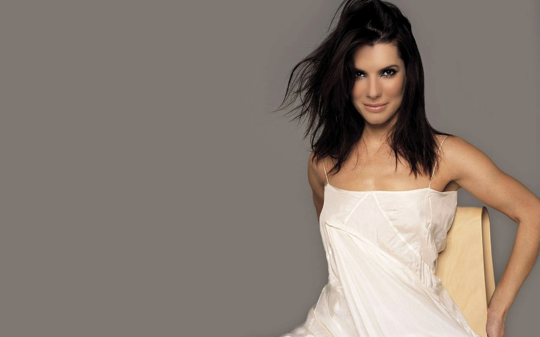 Sandra Bullock widescreen wallpaper 3