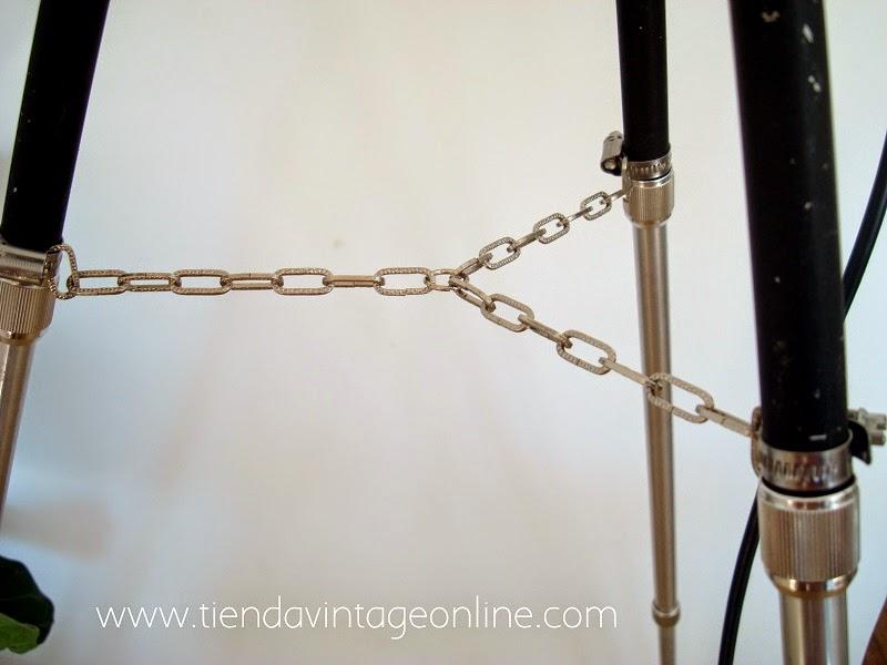 Lámparas vintage con trípode