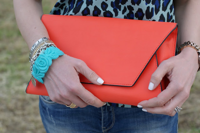 Zara orange clutch, arm candy, Collistar white nail polish, Fashion and Cookies