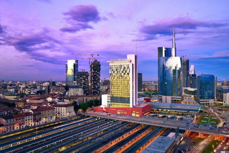Milan finally milano porta garibaldi get a room in a - Milano porta garibaldi station ...