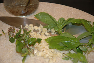 Gismondi garden basil, oregano, garlic