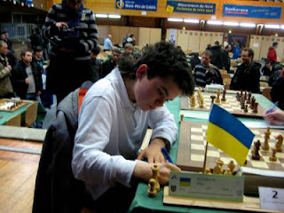 Echecs & Interview : Illya Nyzhnyk © Photo Chess & Strategy