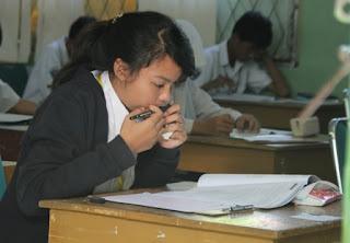Silahkan download prediksi soal UN matematika SMP tahun 2014 berikut