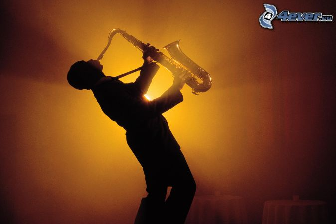 ¡Playing the saxo!