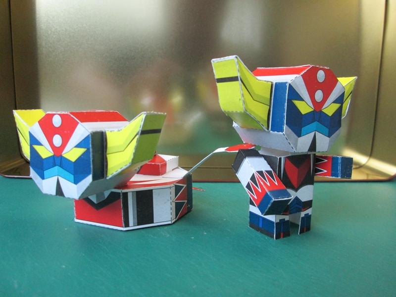 UFO Robo Grendizer Paper Toy