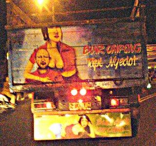 Gambar Lucu Di Bak Truck