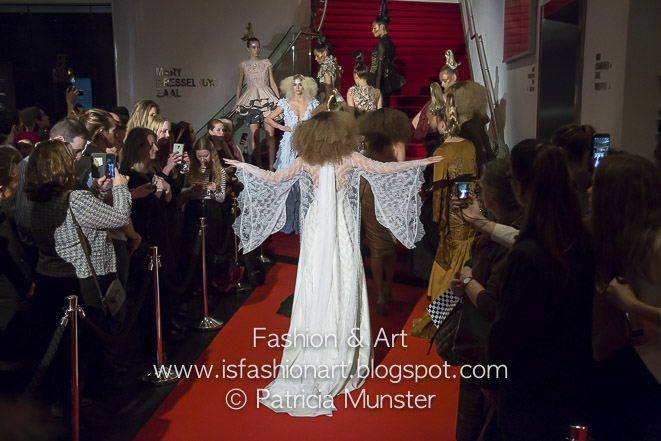 Monique collignon couture ensemble delamar fashion art for Chamber of couture
