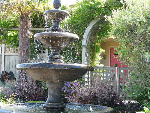 New home designs latest home gardens fountain designs ideas for Backyard water fountain ideas