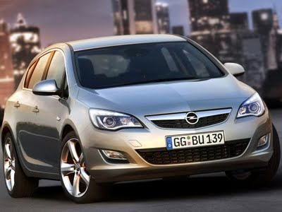 Look At the Car: 2013 Opel Astra