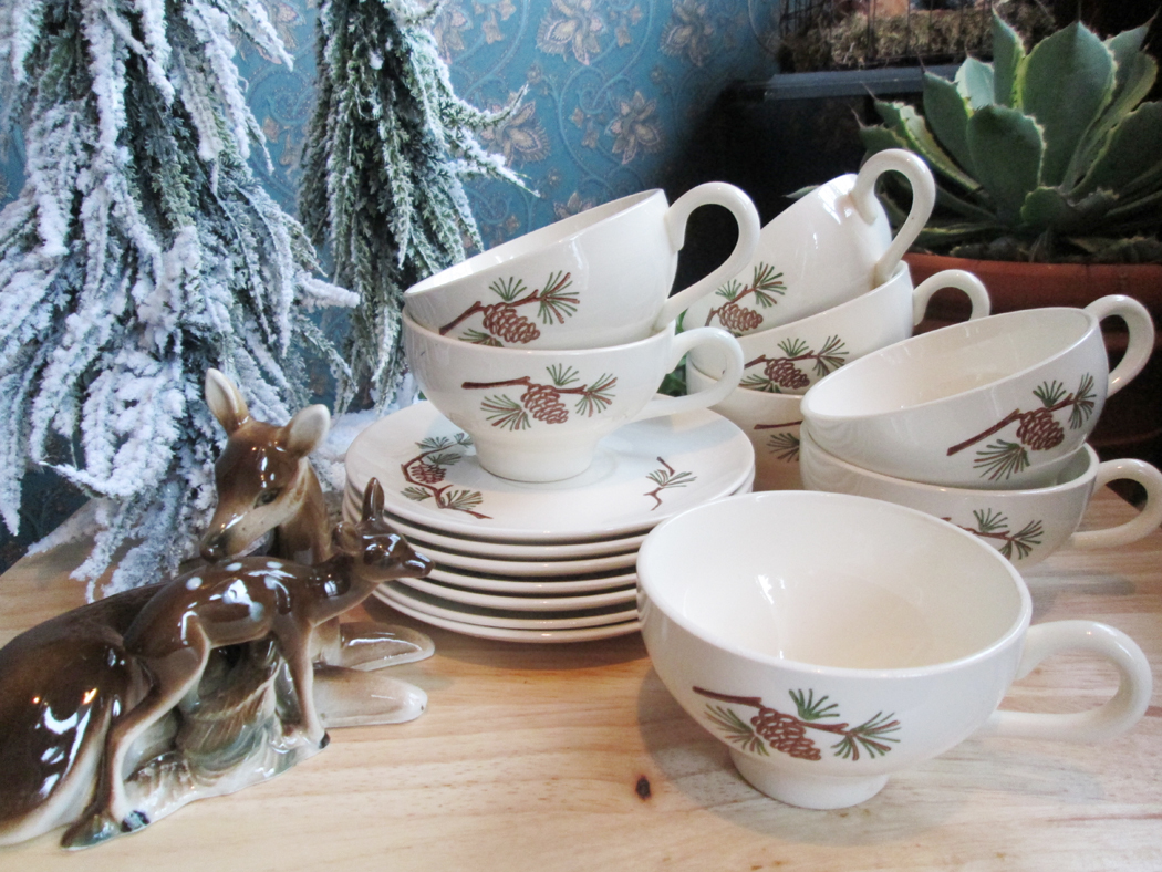 Stetson China Company Marcrest Pine Cone Dinnerware Service for 8 & The Garage Sale Archeologist: Stetson China Company Marcrest Pine ...