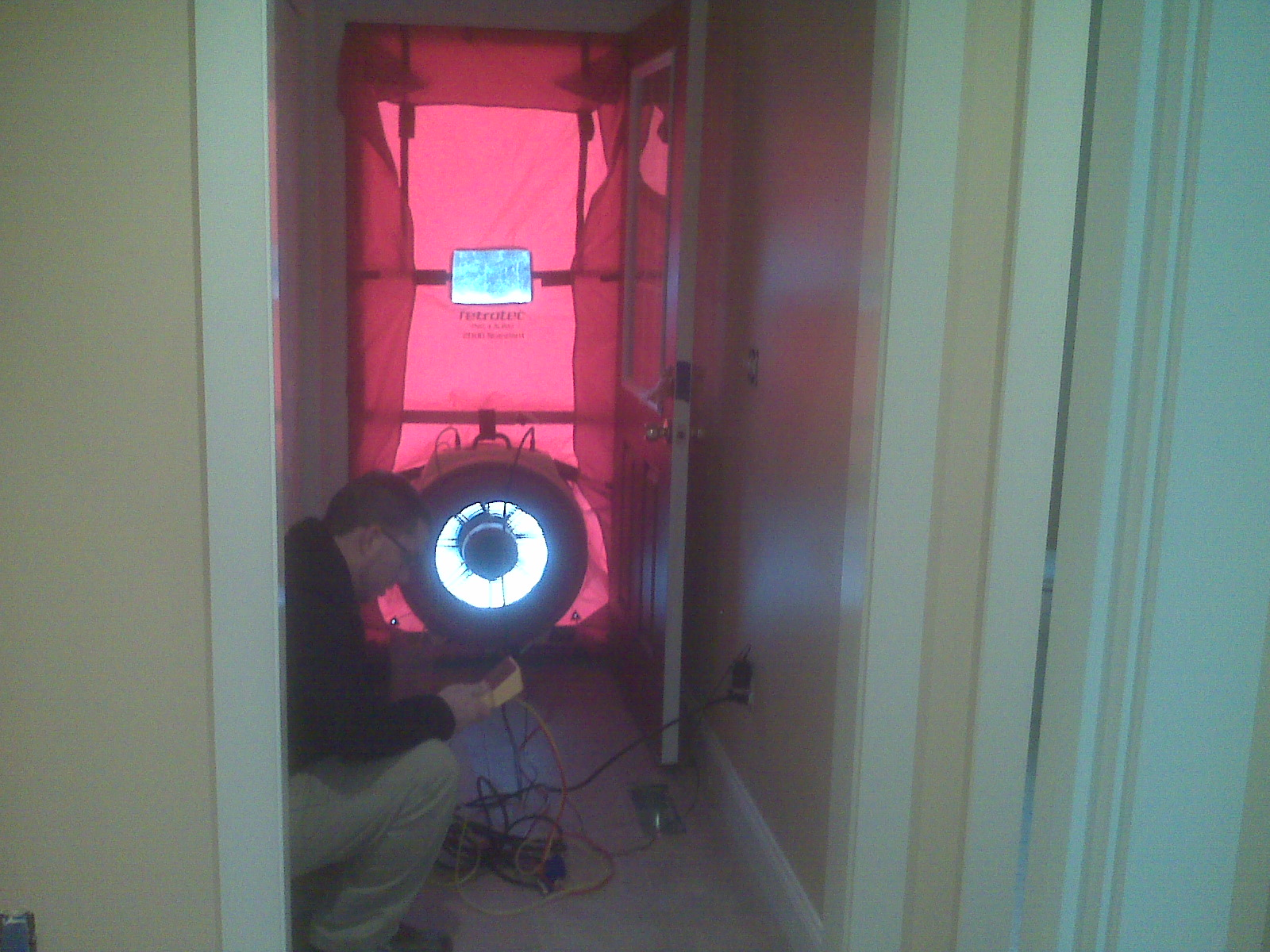 green home thoughts blower door testing. Black Bedroom Furniture Sets. Home Design Ideas