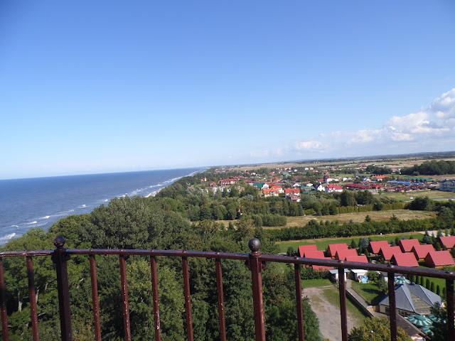 Latarnia morska w Gąskach w Gminie Mielno - widok ze szczytu latarni