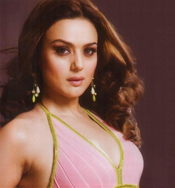 Download Free HD Wallpapers of Preity Zinta