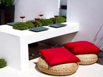 10 patios acogedores decoraci n de jardines peque os y for Jardines interiores pequenos minimalistas