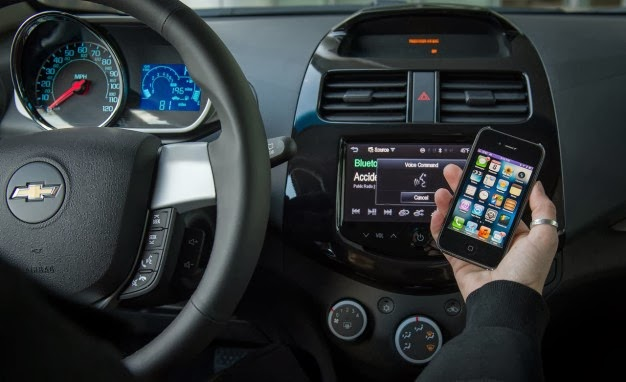 Chevrolet Expands Siri Eyes Free Integration to 2014 Models