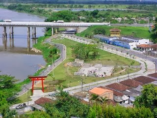 Ponte de Registro-SP é interditada na Régis e carros não conseguem seguir para Curitiba
