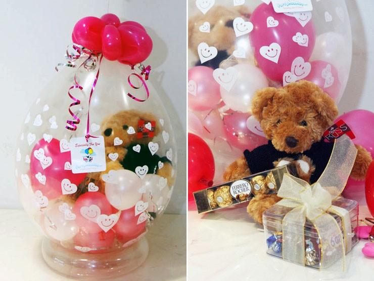 Упаковка подарков с шариками 700