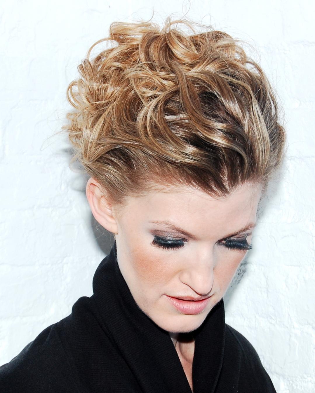 http://3.bp.blogspot.com/-BESuSGKq-14/TzB9O-gRgBI/AAAAAAAABrE/2EJJEc8thGc/s1600/blonde+model+26.JPG