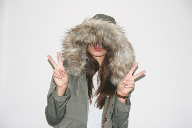 Katherine Penney Chic Blogger Fashion Style Winter New Haul Zara Parka Coat Grey Knit Jumper H&M