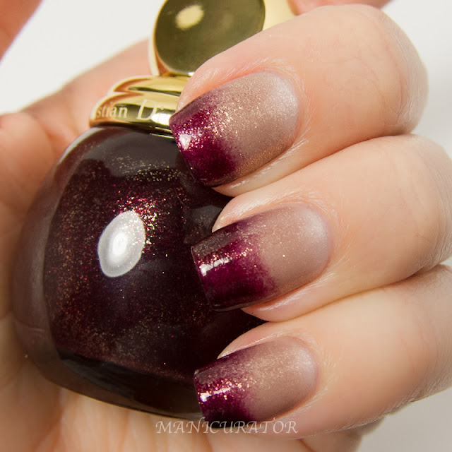 Nail_It_Magazine_Dior_Golden_Winter_Holiday_2013_Diorific_Minuit_995_Frimas_318_Winter_128_Freehand_Nail_Art_Gradient
